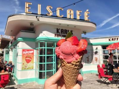 Erdbeer Eis Manufaktur Satisfying