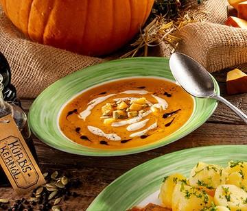 Kürbissuppe Herbst Essen und Trinken